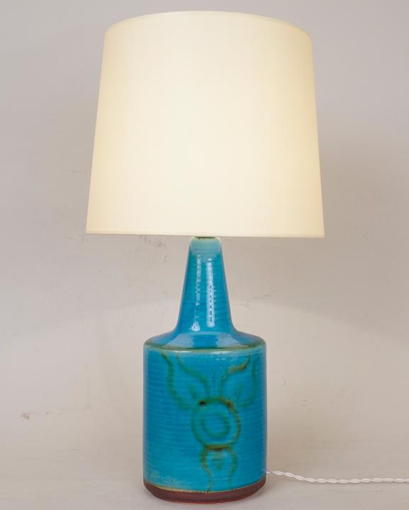 L 030 – Lampe bleue  Haut : 53 cm / 20.9 in.