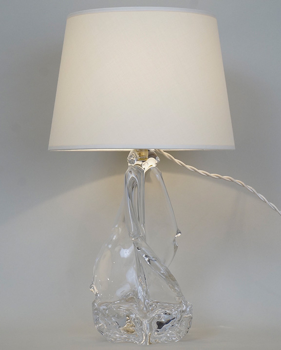 L 390 – Lampe cristal  Haut : 35 cm / 13.8 in.