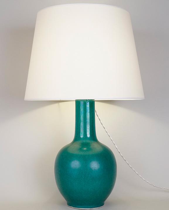 L 478 – Lampe verte  Haut : 58 cm / 22.9 in.