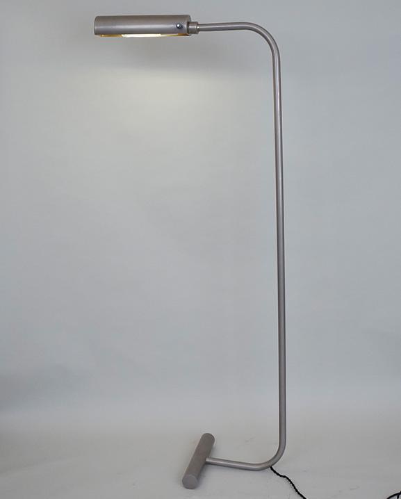 L 587 – Liseuse laiton Haut : 114 cm / 60.6 in.