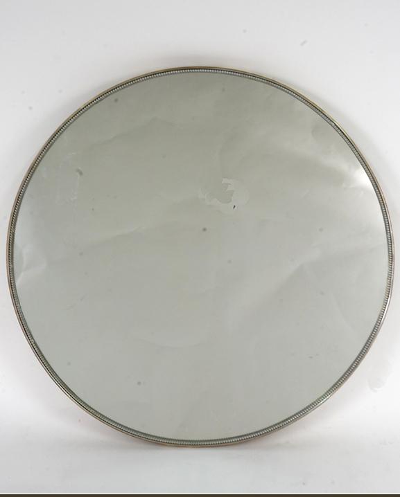 M 141 – Miroir en laiton   Diam : 59 cm / 23.2 in.