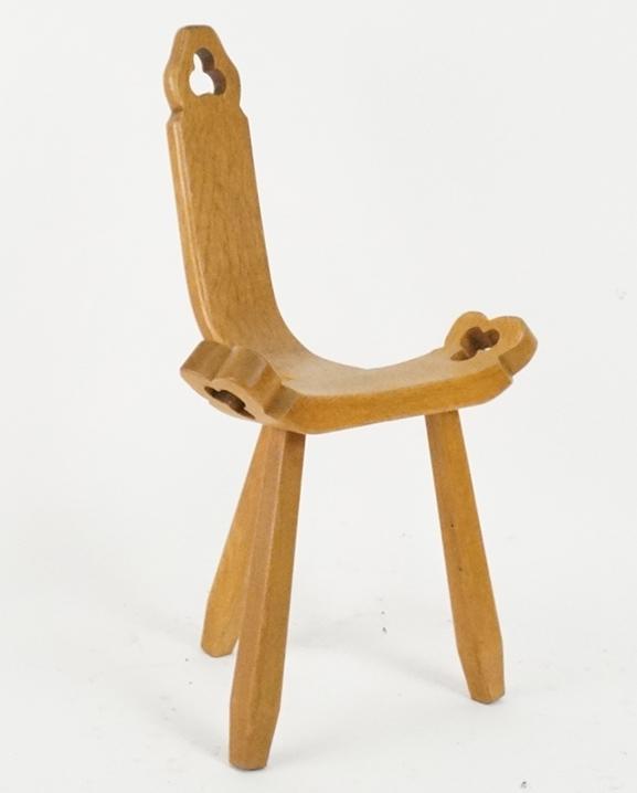 S 99 – 2 Chaises chêne   Haut :  76 cm /  29.9 in .