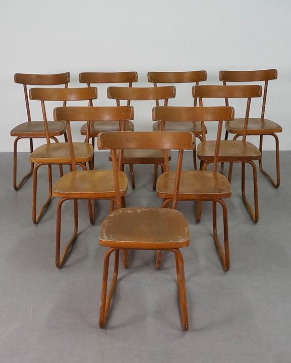 S 116 – 10 Chaises   Haut : 83  cm / 32.7 in .