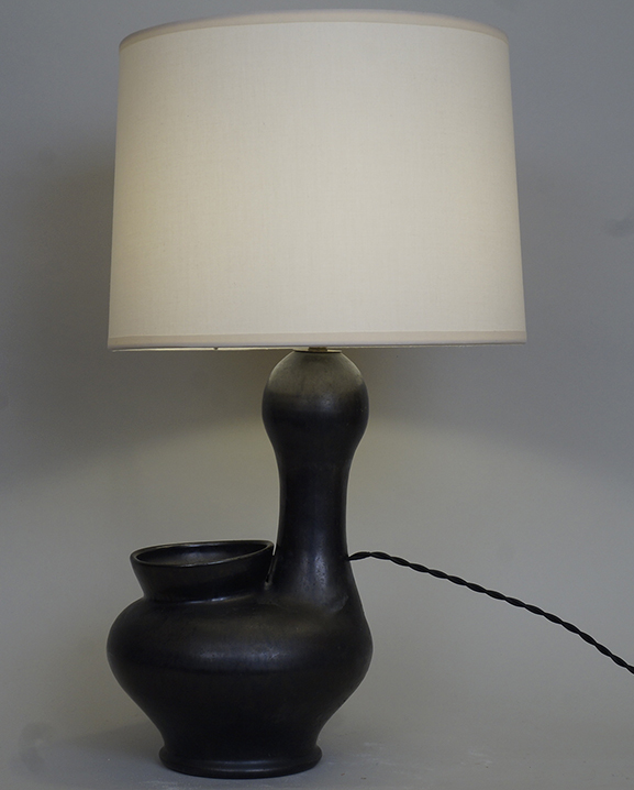 L 704- Lampe céramique noire Haut : 54 cm / 21,3 in