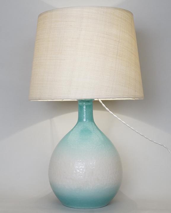 L 654 – Lampe céramique bleue Haut : 56 cm /  22 in.