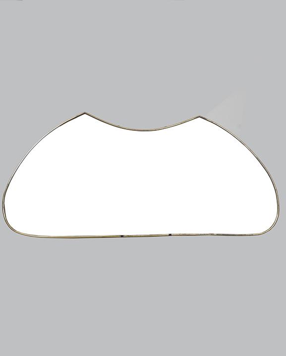 M 322 – Miroir en laiton   H : 109 cm L : 49 cm