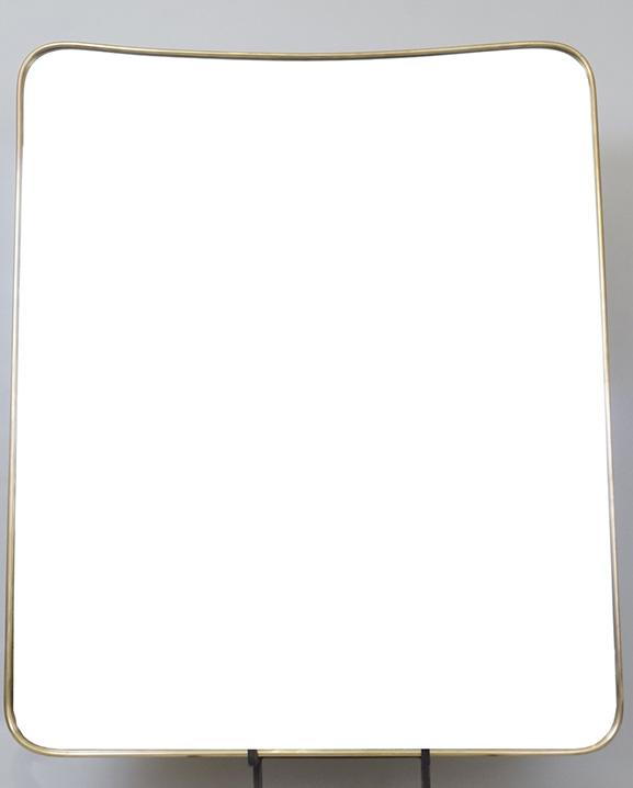 M 329 – Miroir en laiton   H : 83 cm L : 69 cm