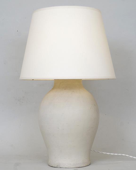 L 738- Lampe Keramos.   Haut : 44  cm / 17,3 in.