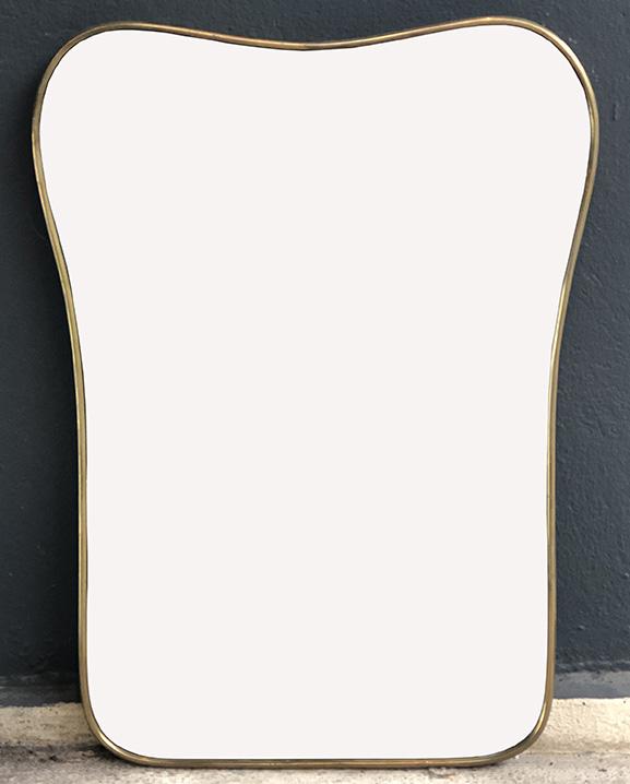 M 336 – Miroir en laiton   H : 60 cm L : 45 cm